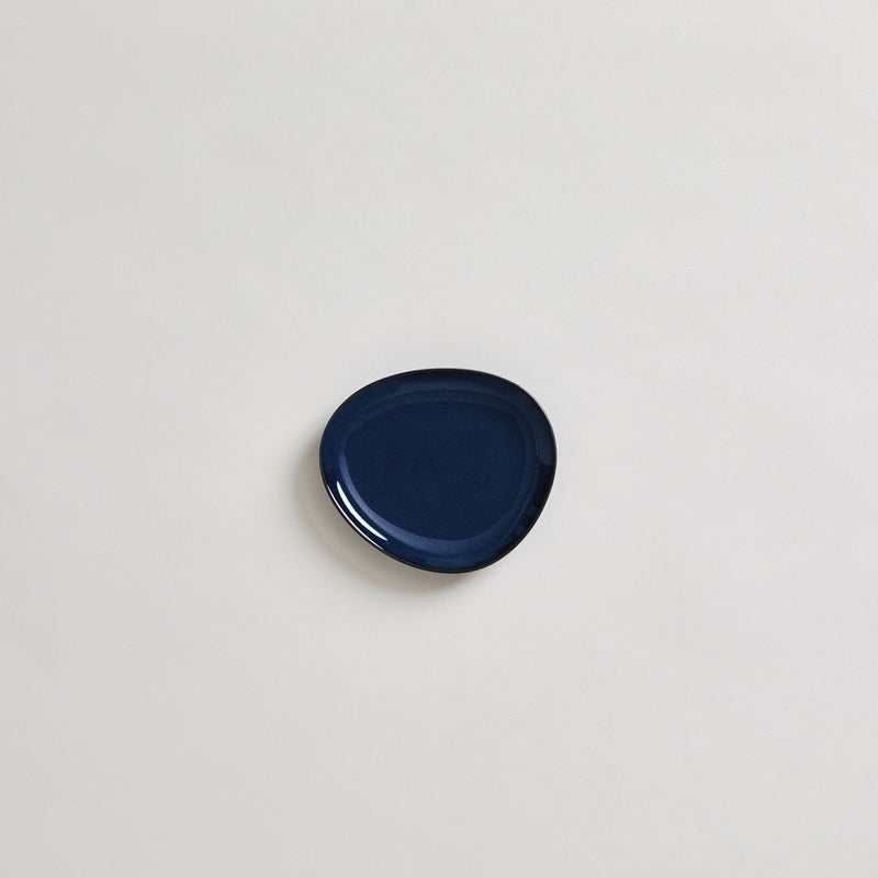 "4.7"" Japanese Ceramic Plate in Navy"