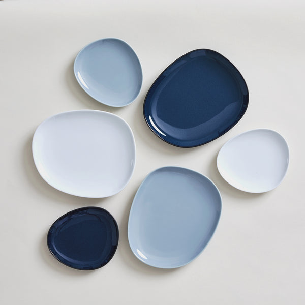 "7"" Hakusan Toki Ceramic Plate in Navy"