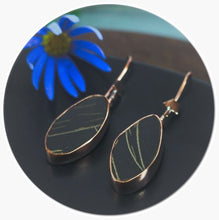 Load image into Gallery viewer, Handmade copper earrings