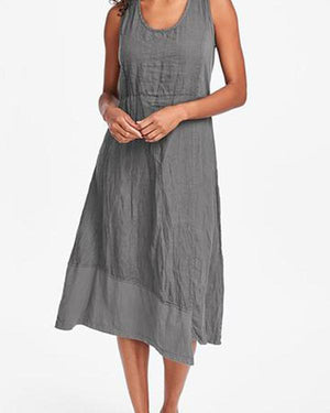 Solid Irregular Crew Neck Sleeveless Plus Size Dress