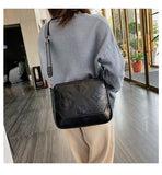Women Retro Wide-Strap Shoulder Crossbody