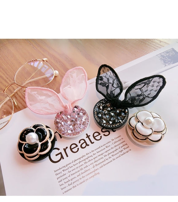 Flexible Grip Rhinestone Ear And Flower Expanding Bracket