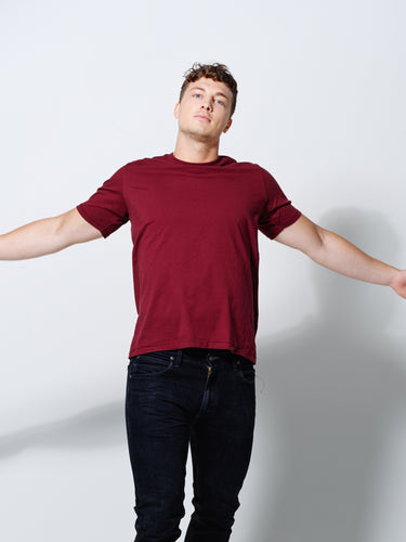 THE T- SHIRT DEEP BURGUNDY