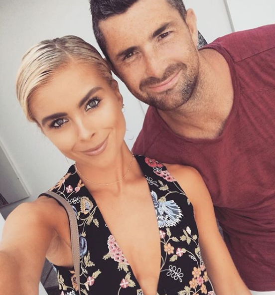 Jess Redden has shared a look around her gorgeous new Australian home, after moving to Perth with fiance Rob Kearney.
