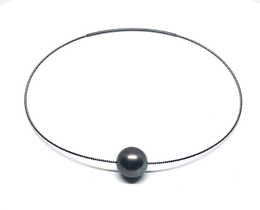 Galaxy Series - Large Tahitian Black Pearl Necklace