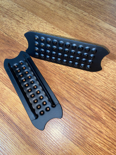"4.5"" Flat Black Cheese Grater Stirrup Pads"