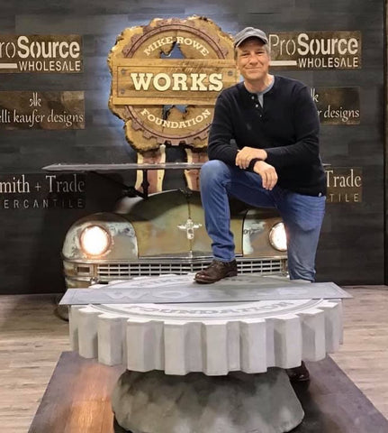 Mike Rowe at the main stage, Minneapolis Home & Garden Show