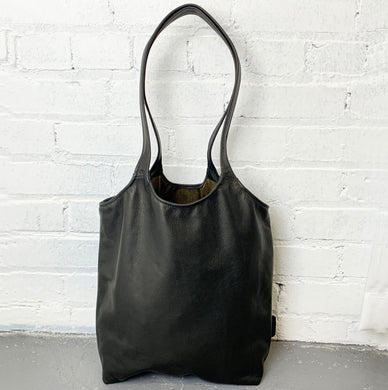 Meander Black Leather Shoulder Bag