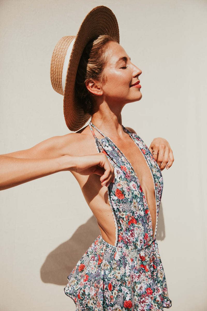 MIA FLORAL V-NECK ONE PIECE SWIMSUIT