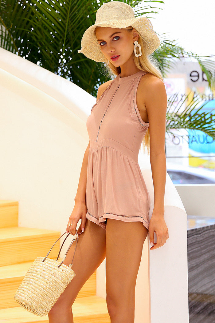 HALTER-NECK SLEEVELESS PLAYSUIT
