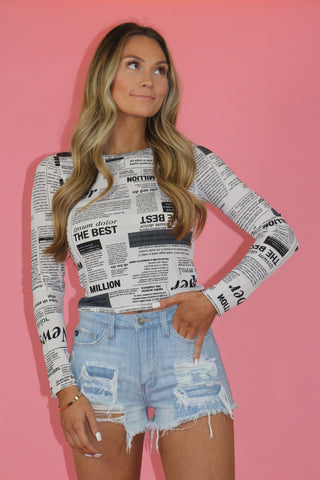 ALL THE NEWS LONG SLEEVE TOP