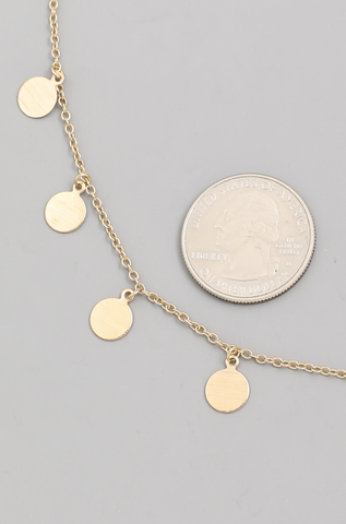 METALLIC MINI DISC NECKLACE
