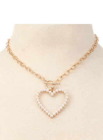TOGGLE CHAIN HEART PENDANT NECKLACE SET
