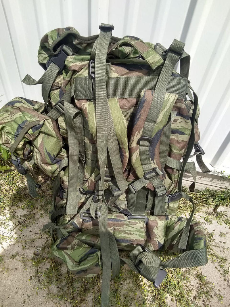 Russian Army FSB Backpack Raid 60L Kamysh (Jagged Flora) Pattern