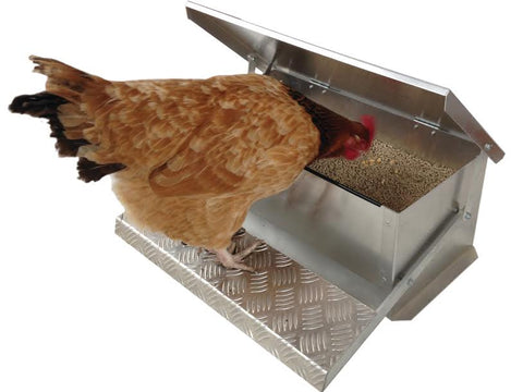 Appletons Large Step On Feeder 12kg