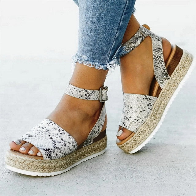 Serpentine Women Wedges