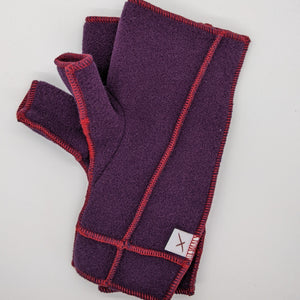Classic Xmittens: Plum with Red Thread