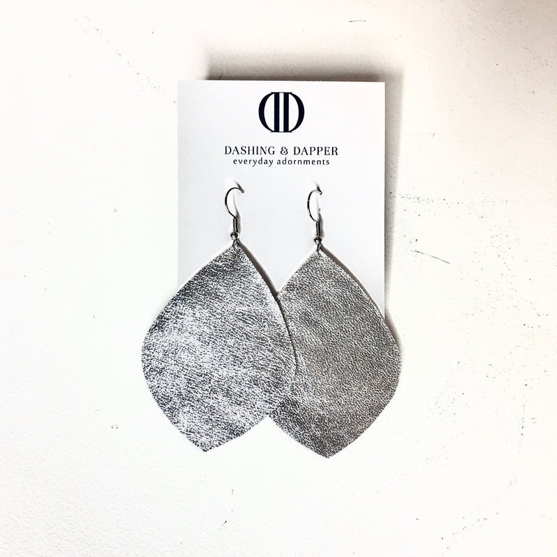 D&D Large Leather Earrings - Shimmering Silver