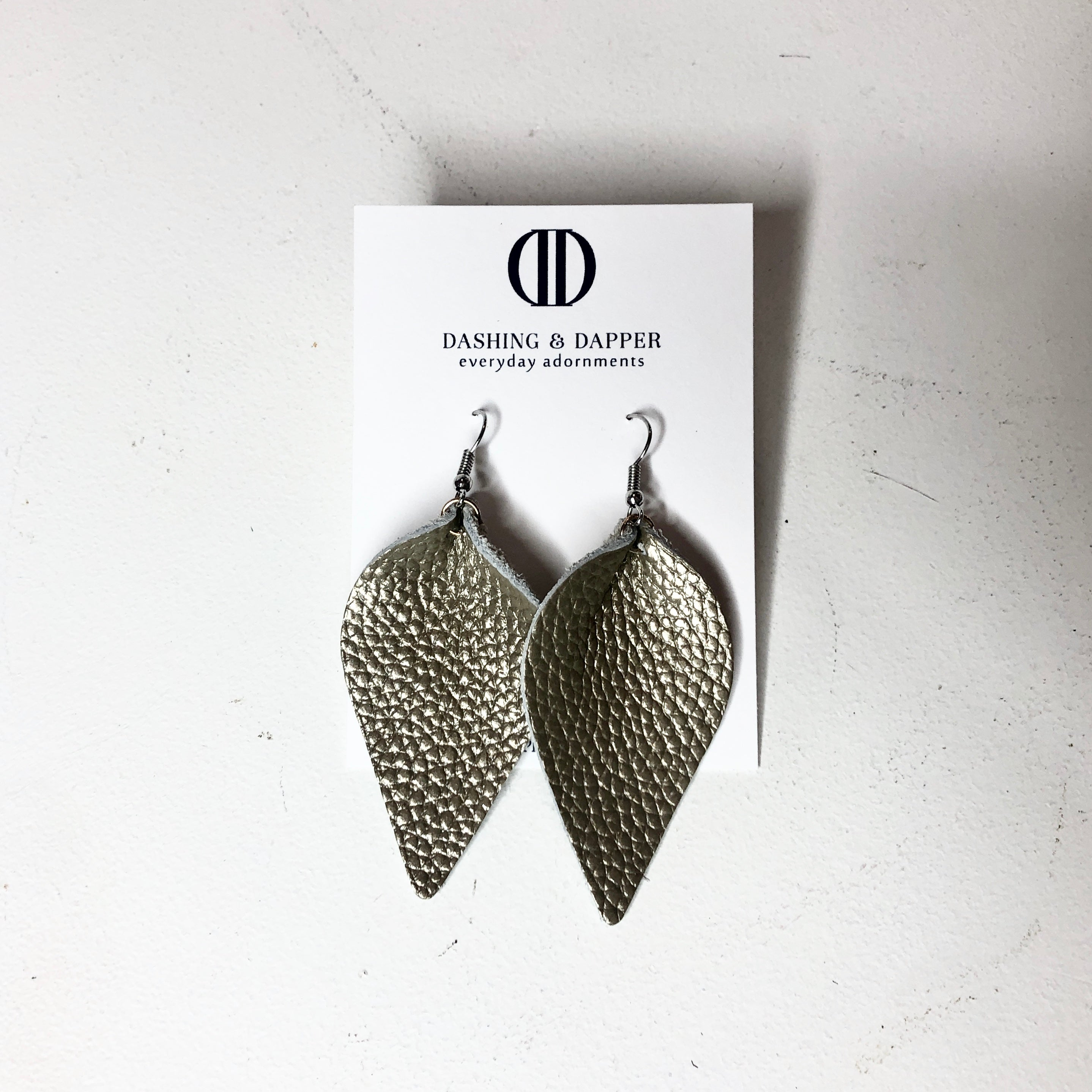D&D Medium Leather Earrings - Textured Pewter