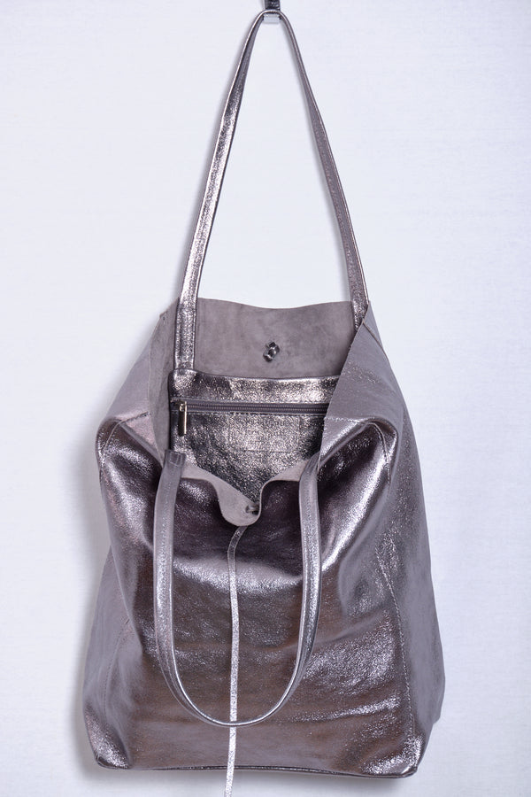 Leather bag, pewter