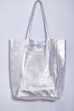 Leather bag, silver