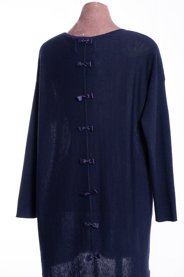 Ginger Toby bow backed tunic, navy, rear view