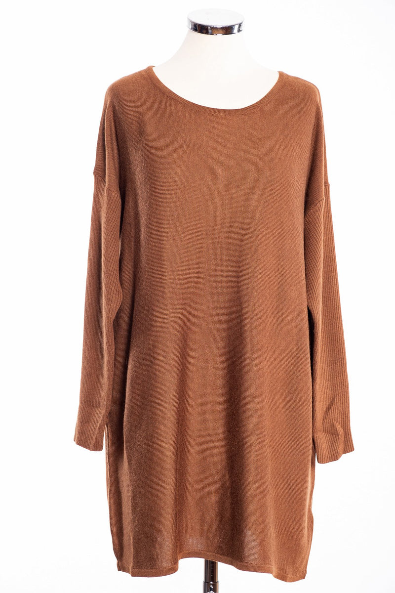 Ginger Toby bow backed tunic, cinnamon, front view