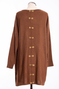 Ginger Toby bow backed tunic, cinnamon, rear view