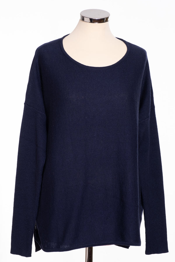 Ginger Toby bow back jumper, navy, front view