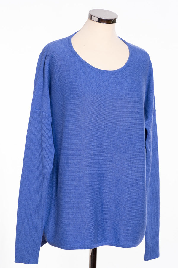 Ginger Toby bow back jumper, blue, front view