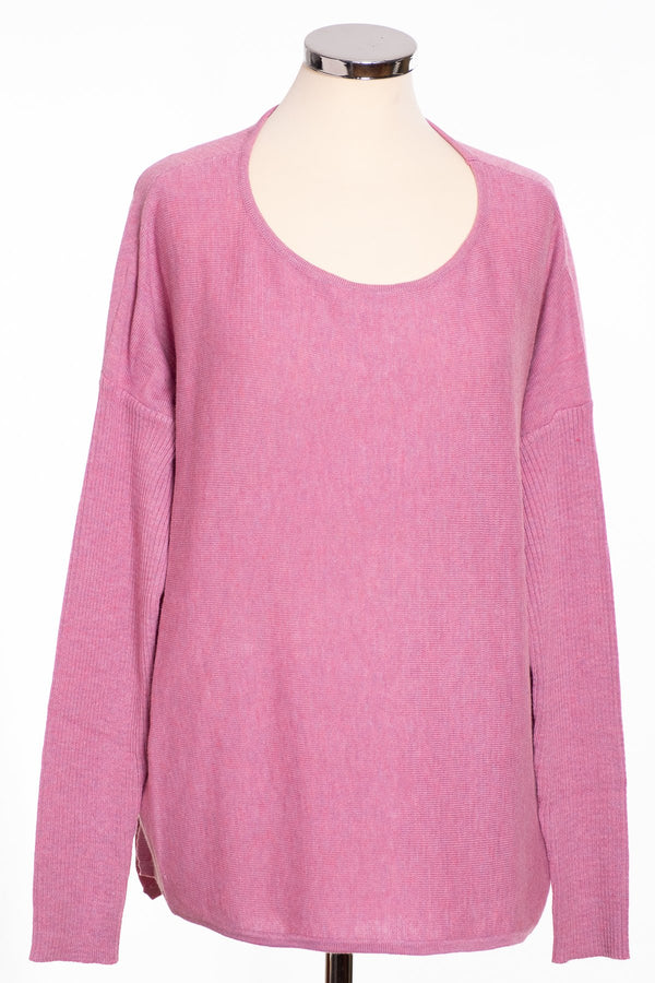 Ginger Toby bow back jumper, pink, front view