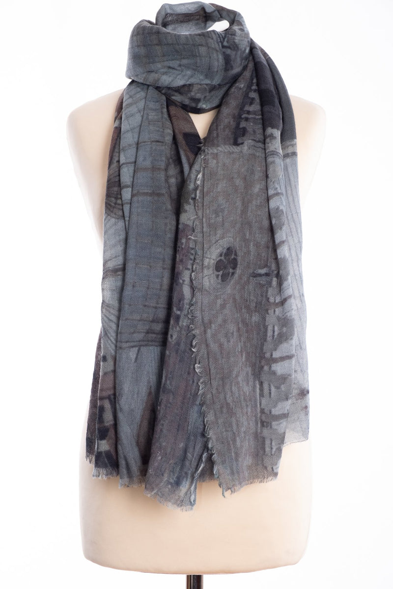 Kapre Venice scarf, grey, tied view