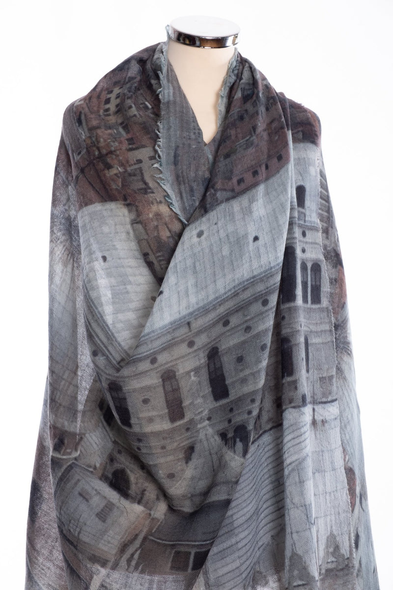 Kapre Venice scarf, grey, wrap view