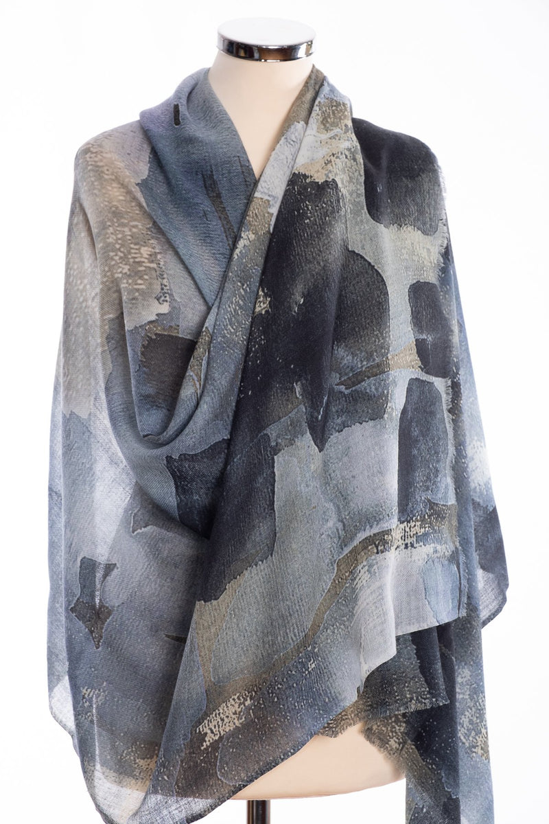 Kapre brush stroke design scarf, grey, wrap view