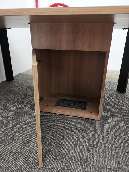 Discussion Table With Centre Cable Management Compartment