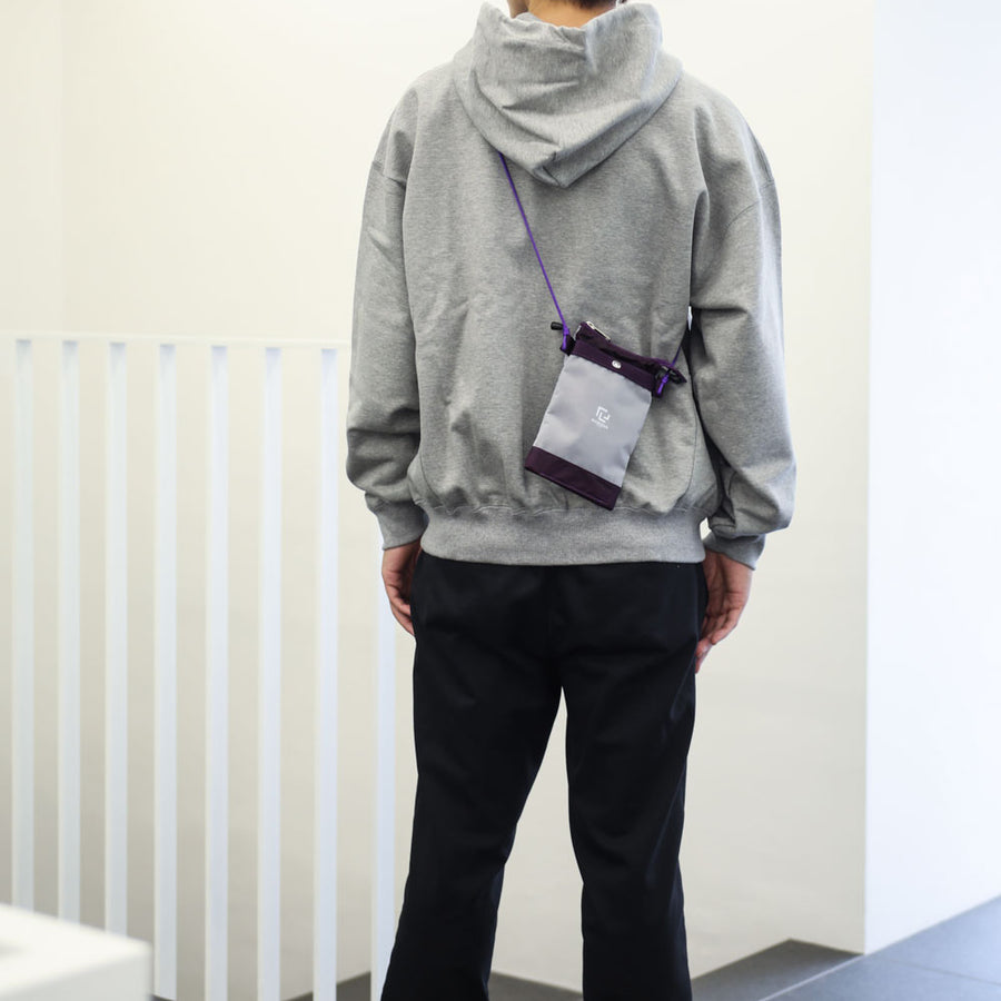 SHOULDER POUCH