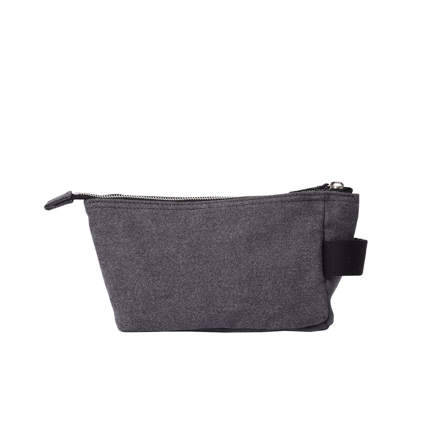 GROOMING POUCH