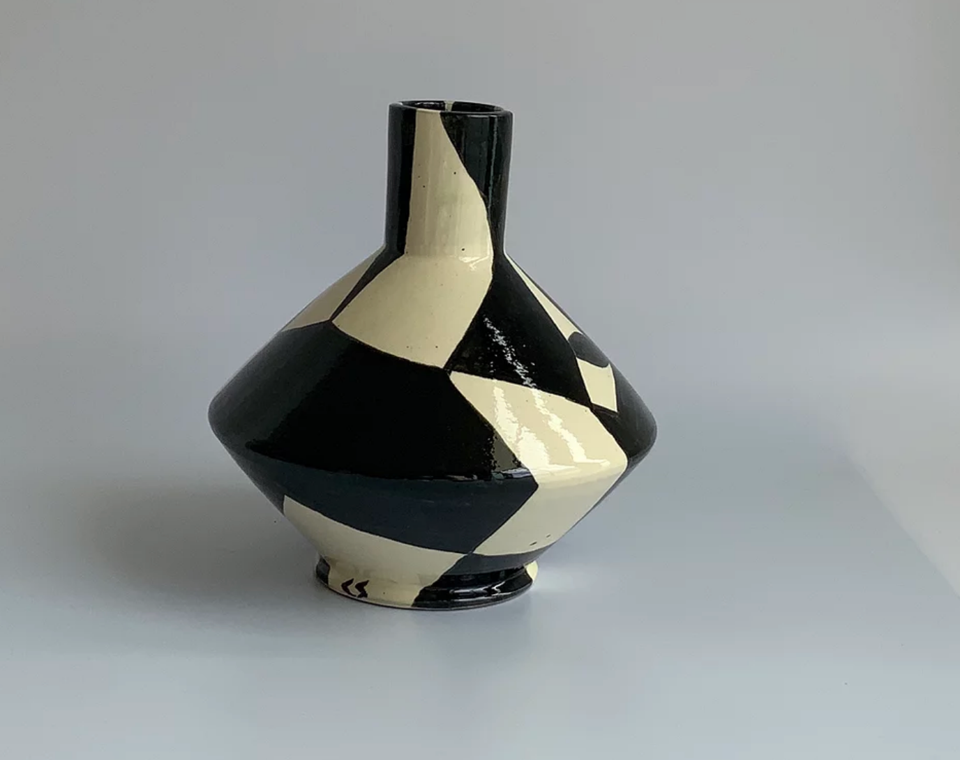 Napoli Vase Hand Painted, Psychomagic 24 cm tall