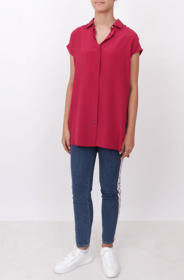 Red Short-Sleeve Shirt