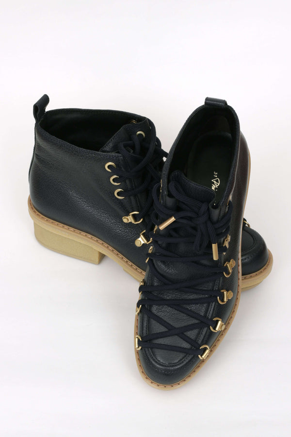 Ankle Alpina Boots