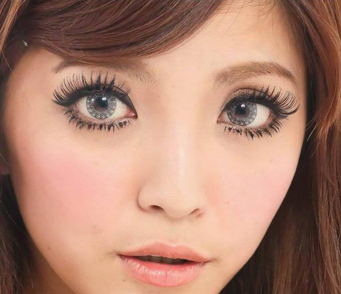 Kawayii Crystal Grey-Colored Contacts-UNIQSO