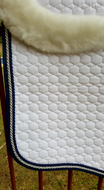 Mattes Large Quilt Saddlepad with NAVY Binding and Pipings