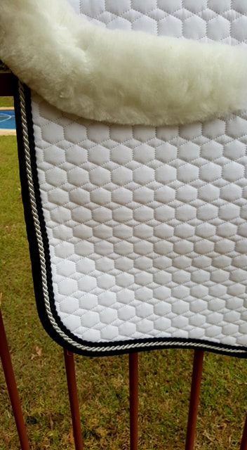 Mattes Large Quilt Saddlepad with BLACK binding and Pipings