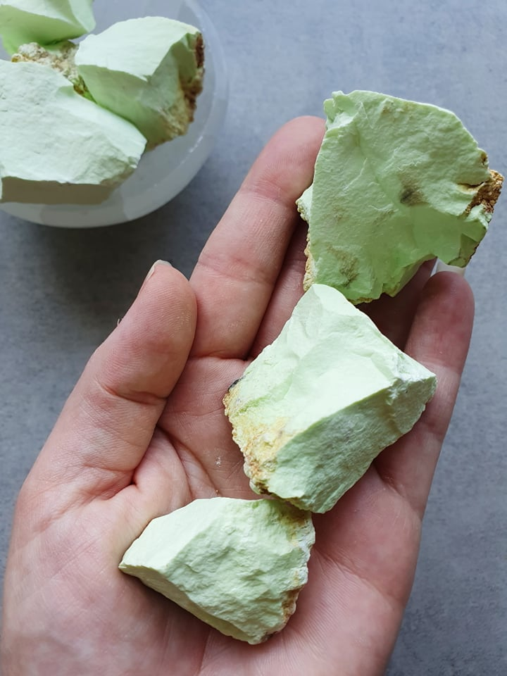 Lemon Chrysoprase - Pretty Soul Stories Crystals
