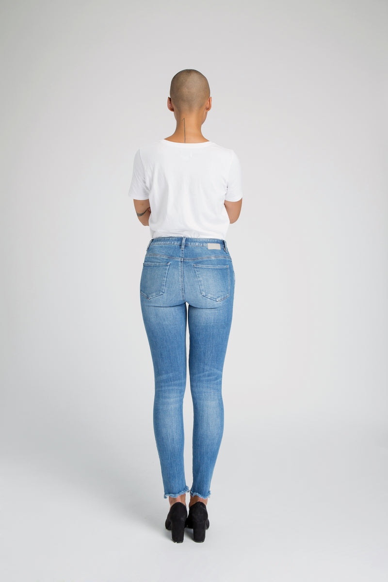 SUN UP - Skinny, Organic Denim