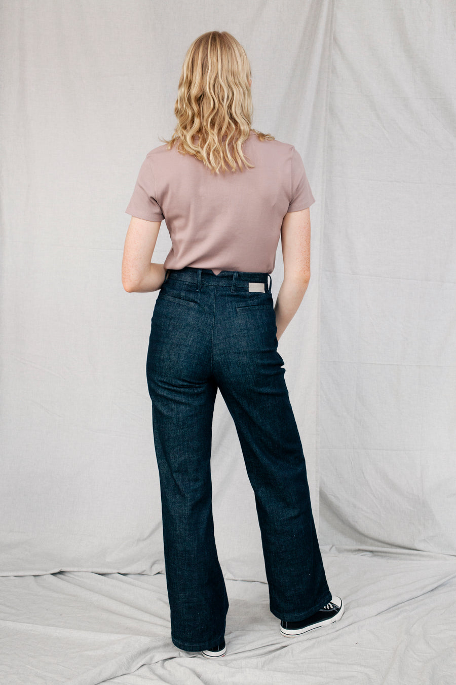 DEW - Flared, Organic Lightweight Denim, Raw