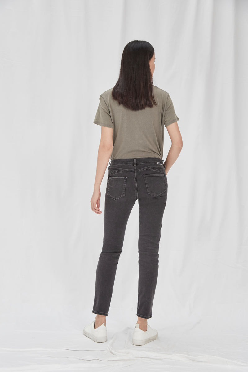 MID SUN - Slim, Organic Comfort Denim, Black