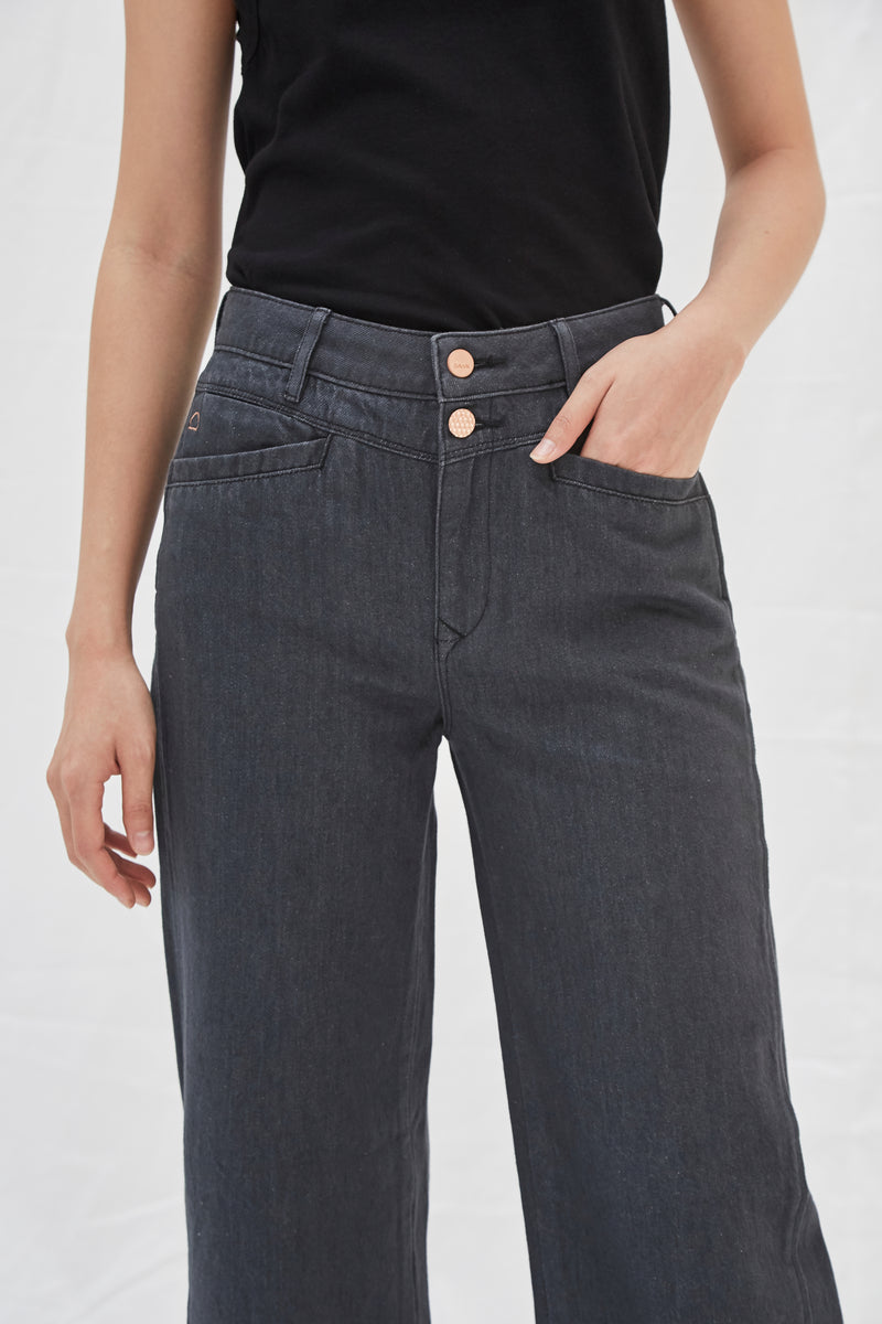 DEW - Flared, Organic Pure Denim, Black