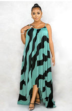Load image into Gallery viewer, Spaghetti Strapped Maxi Dress with Stripes