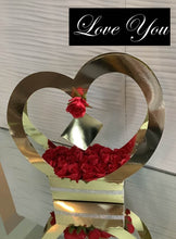 Load image into Gallery viewer, Heart Shaped Gift Box With Flowers